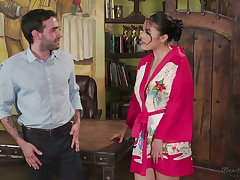 Asian masseuse Kendra Spade gives a steal ending like no other