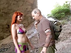 Set up sex apart from a catch sea with slutty wives Olga Cabaeva coupled with Gina Snake