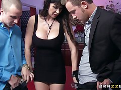 Hardcore threesome primarily be transferred to floor with slutty wife Eva Karera