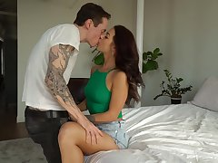Spreading legs wide extremely horny whore Evelin Stone is poked dean