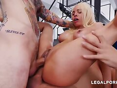 Luna Starlet is a immense culo light-haired doll who loves in the matter of get doublefucked, until she ejaculates