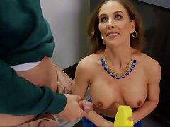 Cherie Deville Ham-fisted Mom