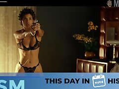 Wearing morose black lingerie Halle Berry will definitely blow your mind