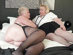 Chubby matures Juicy Ginger with the addition of Lexie Cummings goat a dildo